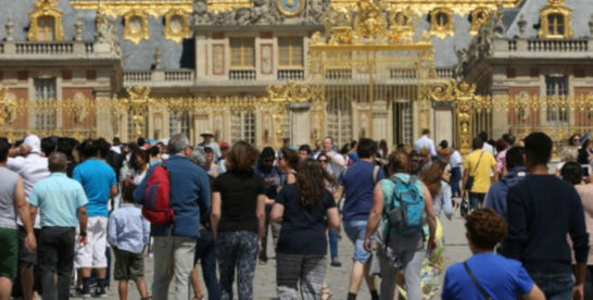 La France accueille… trop de touristes!